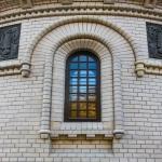 Vossozdanie-okna-iz-massiva-sosny