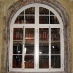 Фасадное окно Александро-Невской Лавры.