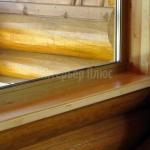 Деревянный подоконник и откосы