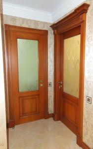 Дверь из массива по индивидуальному пректу