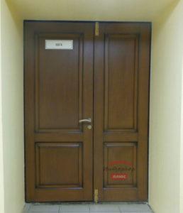 Накладки из массива дуба на металлические двери